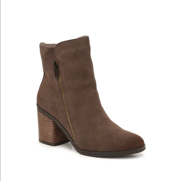 SUNNY BOOTIE- by Crown Vintage